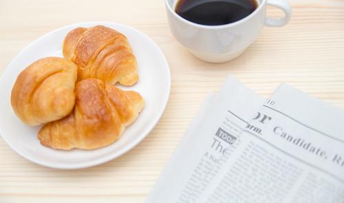 社会人の朝型勉強と朝食。朝食を食べれば勉強効率UP!は真実か!?