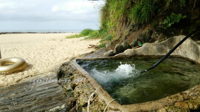 琴引浜で無料で入れる露天風呂(天然温泉)